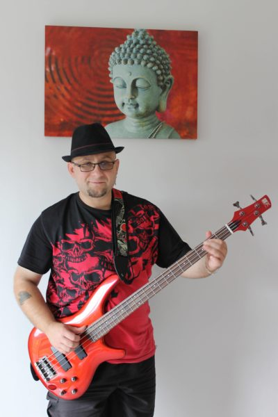 Romuald Mestre, chanteur, auteur, compositeur